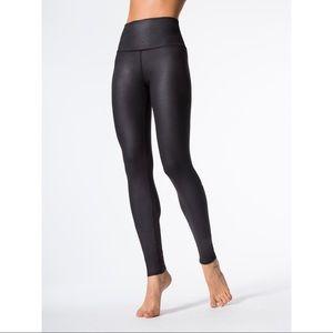 ALO high waist airbrush legging Black Glossy SMALL